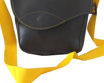 Recycled Rubber shoulder bag Tata
