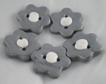 Boutons007 - Gray and white flower button