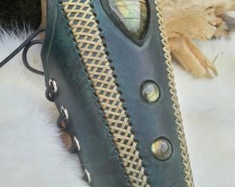 Gunmetal leather inlaid with 3 labradorite stones bracelet