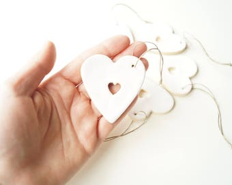 Guest Favors, Wedding Favors, Favor Clay Gift,  Wedding Ornament, Wedding Day Decor,  White Heart, Hanging Ornament, Set of 5