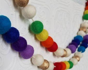 St. Patrick's day garland. Wood bead garland, rainbow garland felt ball garland decor, st. Pattys decor 5ft garland, gold Garland.