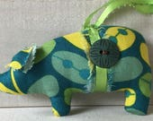 fabric pig ornaments, hanging ornaments, shabby chic pig, animal ornaments, fabric pigs, pigs
