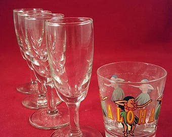 Sot of 4 Wine Glass Looking Shot Glasses
