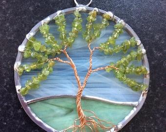 4 inch peridot tree of life suncatcher