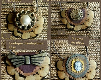 Pendant choose feathers