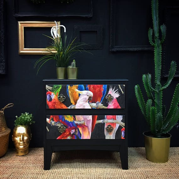 Parrot chest of drawers