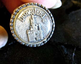 Disneyland Metal Thimble, Walt Disney Souvenir, Castle Picture Metal Thimble
