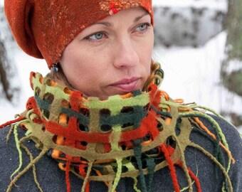 Felt hat, felted wool hat,  merino wool hat, elegant woman hat, warm winter accessory, gefilzte wollmutze, chapeau, chapeau de laine
