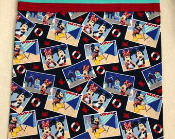 Pillowcase - Toddler/Travel - Mickey/Minnie Mouse at the Beach
