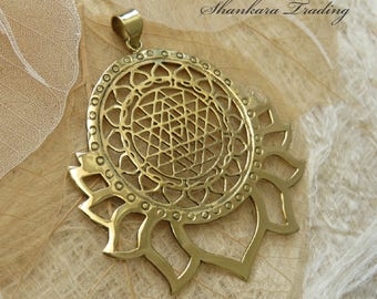 Sri Yantra Pendant, Tribal Brass Lotus Pendant, Sacred Geometry Jewellery, Indian Lotus Pendant, Tribal Jewellery, Yoga Jewelry
