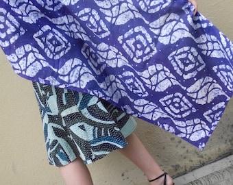 Blue and white batik print pareo