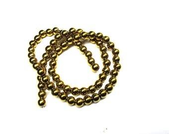 10 metal round beads 5 mm Golden gold glass