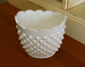 Large White Milk Glass Hobnail Sugar / Vessel - EXCELLENT condition! Measures ~ 4 x 3.5 x 4 inches
