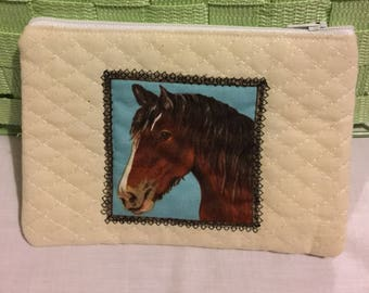 Quilted calico horse purse,horse purse,bay horse,quilted purse,zippered purse,zipped coin purse,money pouch,cream purse,UK seller