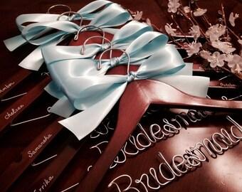 Set of 10-personalized hanger, custom-made hanger, bride hanger, wedding hanger, bridesmaids hanger.