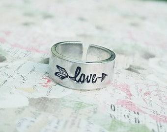Love Arrow Toe Ring - Summer Jewelry - Summertime - Hypoallergenic - Non Tarnish - Adjustable - Hand Stamped - Custom made