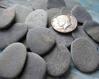 "Flat Beach Pebbles, 20pcs, 1.2"" - 1.4"",Small Beach Stones, Beach Pebbles, Stones For Crafts, Decoration Stones, Art Supplies, Beach Finds"
