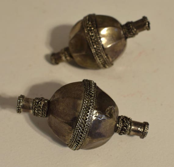 Beads Middle Eastern Old Coin Silver Large Beads Vintage Jewelry Necklace Silver Beads