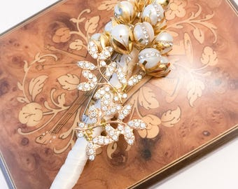 Wedding boutonniere, Groom Boutonniere,Crystal Brooch Boutonniere, Pearls Groom Broach Boutonniere,Flower Groom Boutonniere