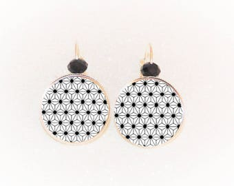 Earrings sleepers silver cabochon origami Japanese saki black/white