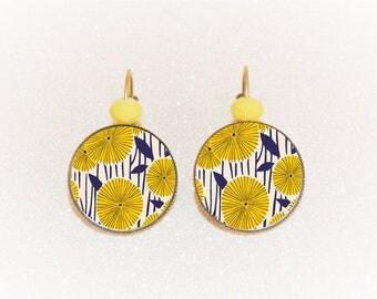 Earrings sleepers bronze cabochon vintage Navy and yellow dandelions
