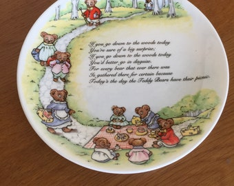 Coalport Teddy Bears picnic plate