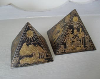 EGYPTIAN PYRAMID Paperweights Pair Engraved Hieroglyphs Black and Gold Metal PAPERWEIGHTS Egyptian Souvenir Two Vintage Sand Paperweights
