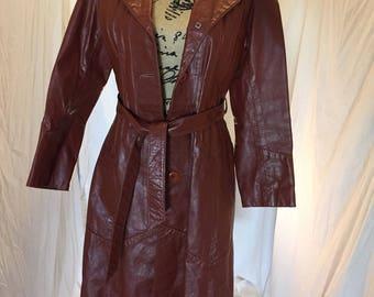 "Vintage Burgundy Belted Leather Jacket ""The Finest Genuine Leather"" Mechelle Majors Uruguay"