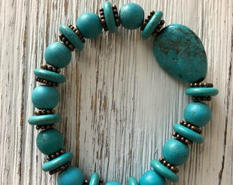 The Charlotte bracelet-Howlite, turquoise, handmade,stretch, copper spacers