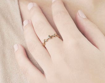 Gold Leaf Ring - Tree Branch Ring - Modern Minimalist Rings - Anillo Oro - Gold Plated Ring - Gold Ring Women -  Leaf Ring - Tiny Leave Ring