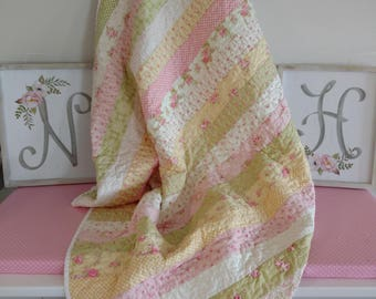 Baby Quilt/Beautifully Handcrafted quilt made with Moda Fleurs