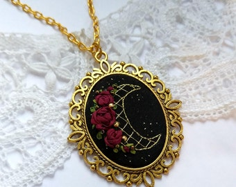RM1 Rose and Moon necklace
