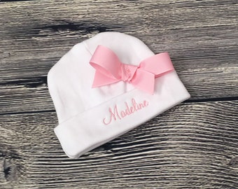 Newborn Girl Beanie, Personalize Infant Girl Hat, Monogram Baby Girl Hat with Bow, Personalise Girl Hospital Beanie, Custom Baby Shower Gift