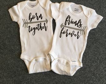 Twin baby gift etsy twins onesies twins baby gifts best friends onesies twin baby gift negle Images
