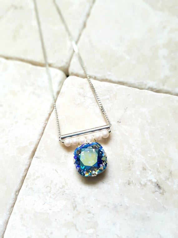 Crystal shimmer necklace