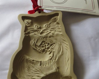 Vintage Brown Bag Cookie Art Stoneware Mold Mould Cat Flowers 1984 with Recipe Book