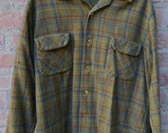 Pendleton Board Shirt 1960's 1970's Size L XL Loop Collar Flap Pockets 100% Virgin Wool Made in USA