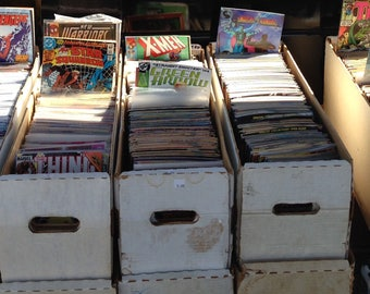 25 Random Marvel and DC Superhero Comic Books Collection X-Men, Superman, Batman, Spider-Man, Hulk, Avengers, Justice League, Flash, Batgirl