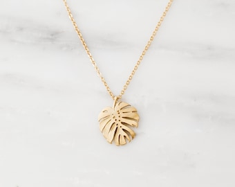 Tropical Leaf Necklace / Monstera Necklace / Monstera Leaf Necklace / Gold Layering Necklace / Bridesmaid Necklace