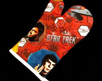 Star Trek TOS Red Oven Mitt