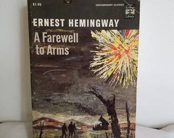 Ernest Hemingway, Farewell to Arms, Paperback, Vintage Book, 1969 edition, American Literature, Classic, Book Gift, Lost Generation