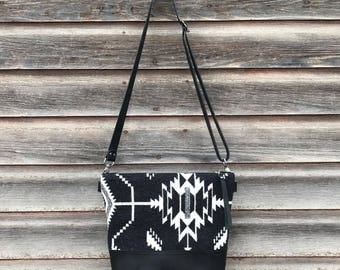 Pendleton and Leather Crossbody Bag, Leather Hand Bag, Leather Bag, Pendleton Crossbody Bag, Womens Purse, Pendleton, Handcrafted Leather,