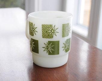 Vintage mug FireKing/Anchor hocking with green star pattern - Fire king green star