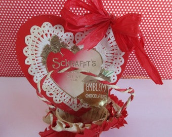 FREE SHIPPING -Vintage Schrafft's Nut Cup, Candy Cup, Valentine's Day, Embellished vintage,