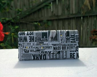 "Harry Potter Black/White Daily Prophet Phone Clutch Wallet ""A"""