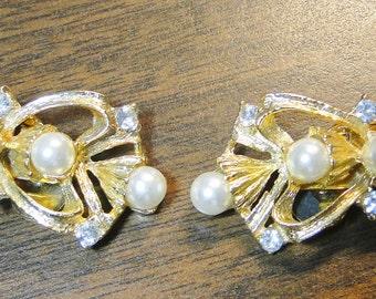 "Vintage Musi Dress Shoe Clips - Musi Pearl (Faux) & Rhinestine Shoe Clips - Designer Signed - 7/8"" X 2"" - beautiful!"
