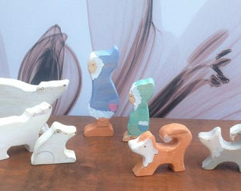 Eskimo/polar bear combo. 10 piece wooden play set.