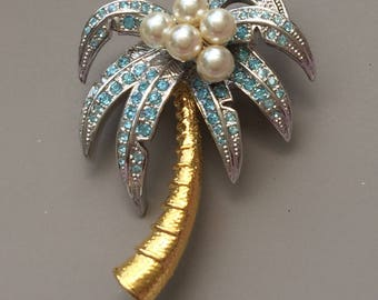 Vintage Coconut Palm Brooch