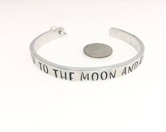 Love gift, valentines gift, Personalized Cuff bracelet with Pearl, Love you to the moon, Personalized gift mom, Hand stamped cuff bracelet
