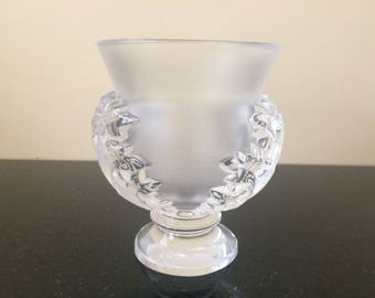Lalique Crystal St. Cloud Acanthus Leaf Pedestal Vase, Signed Lalique Frances, Collectible Lalique, Frosted Body w Clear Side Leaves, PL3618